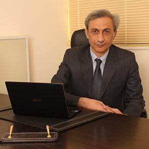 دکتر کامران جاویدی